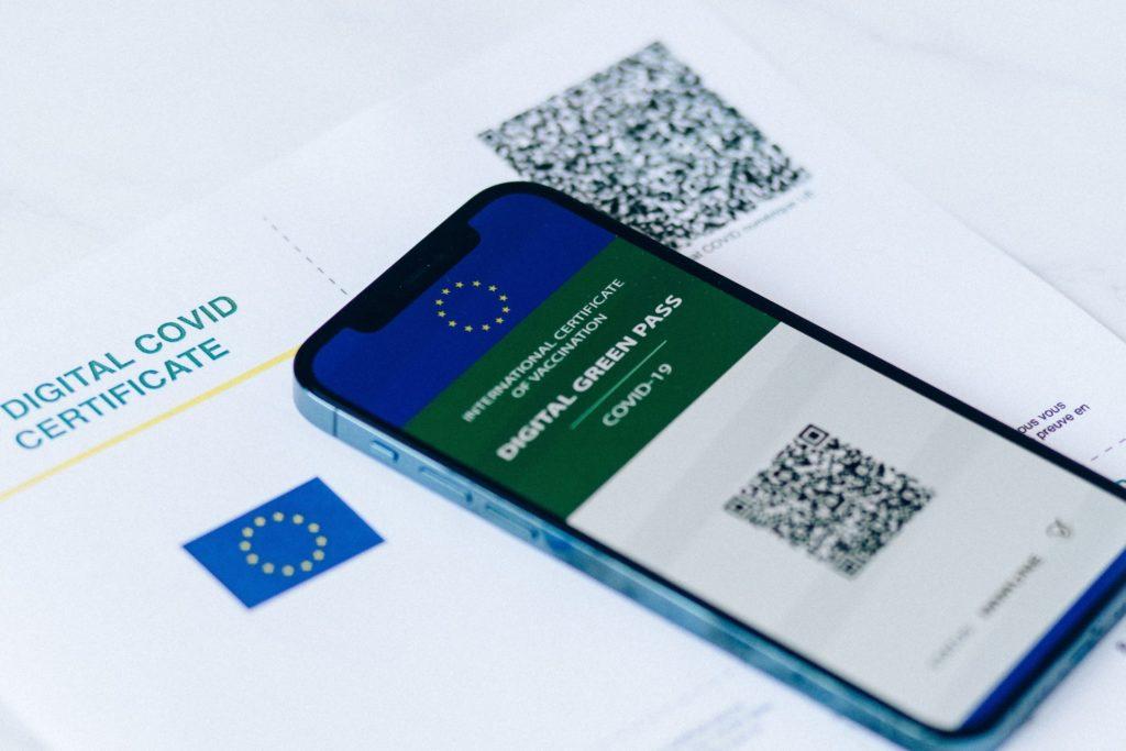 Green pass, firmate dal Presidente del Consiglio le FAQ